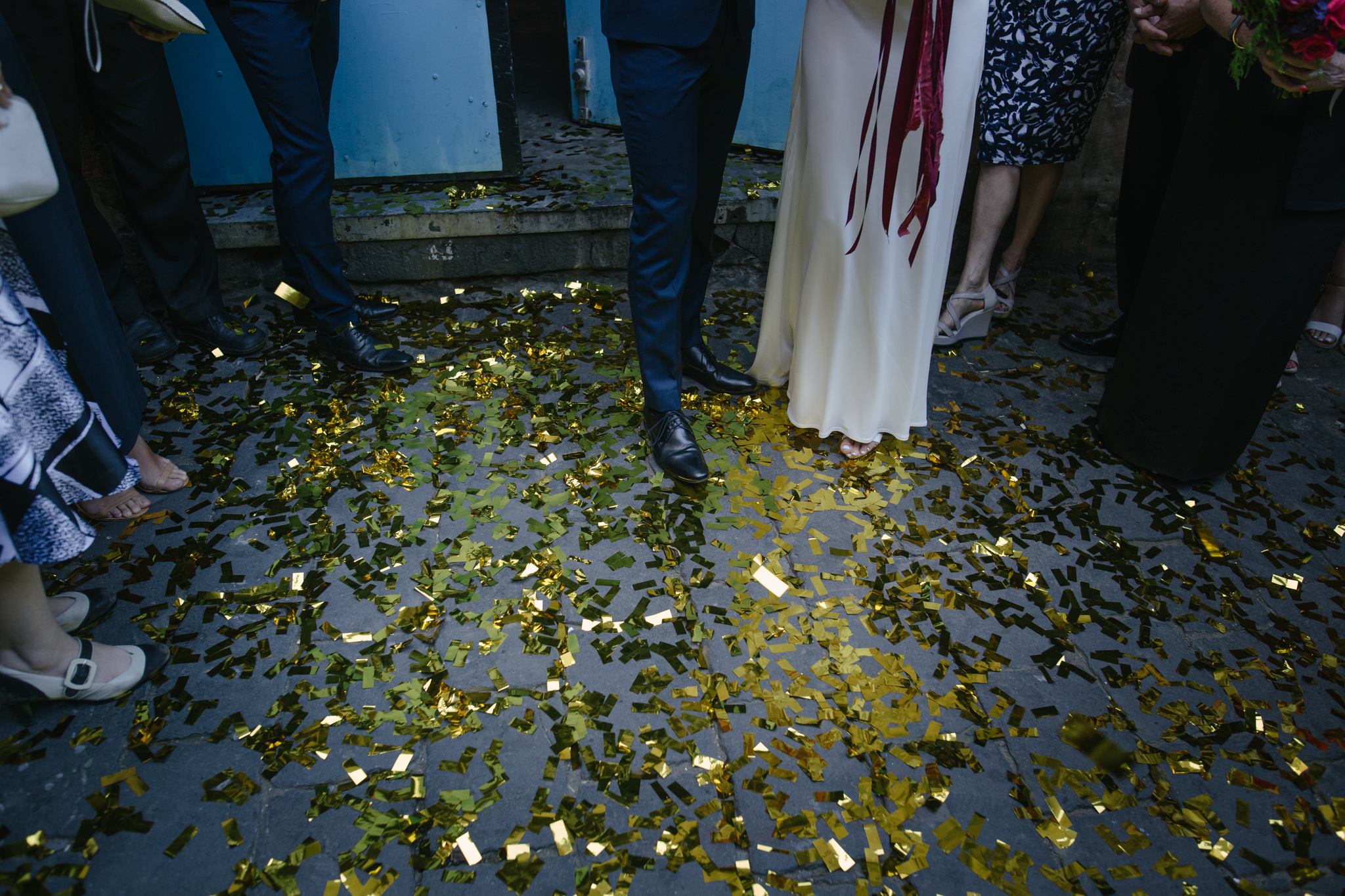 10 tips for using confetti at your wedding   Free the Bird